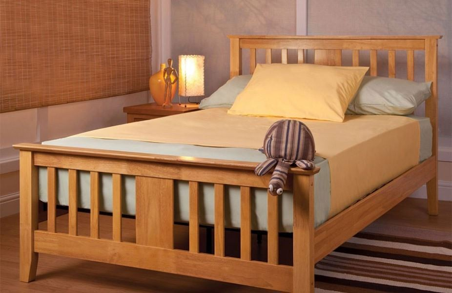 sweet dreams kestrel oak shaker style 90cm single bed 3ft. Black Bedroom Furniture Sets. Home Design Ideas