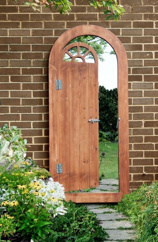 Wooden illusion garden glass mirror gate outdoor large for Outdoor garden doors