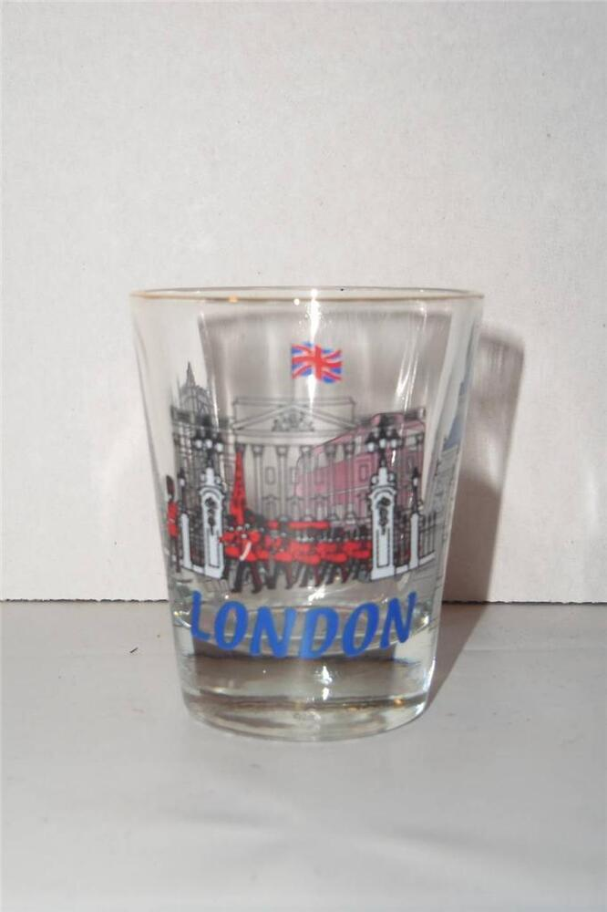 london england big ben art souvenir shot glass double decker bus 081410 ebay. Black Bedroom Furniture Sets. Home Design Ideas