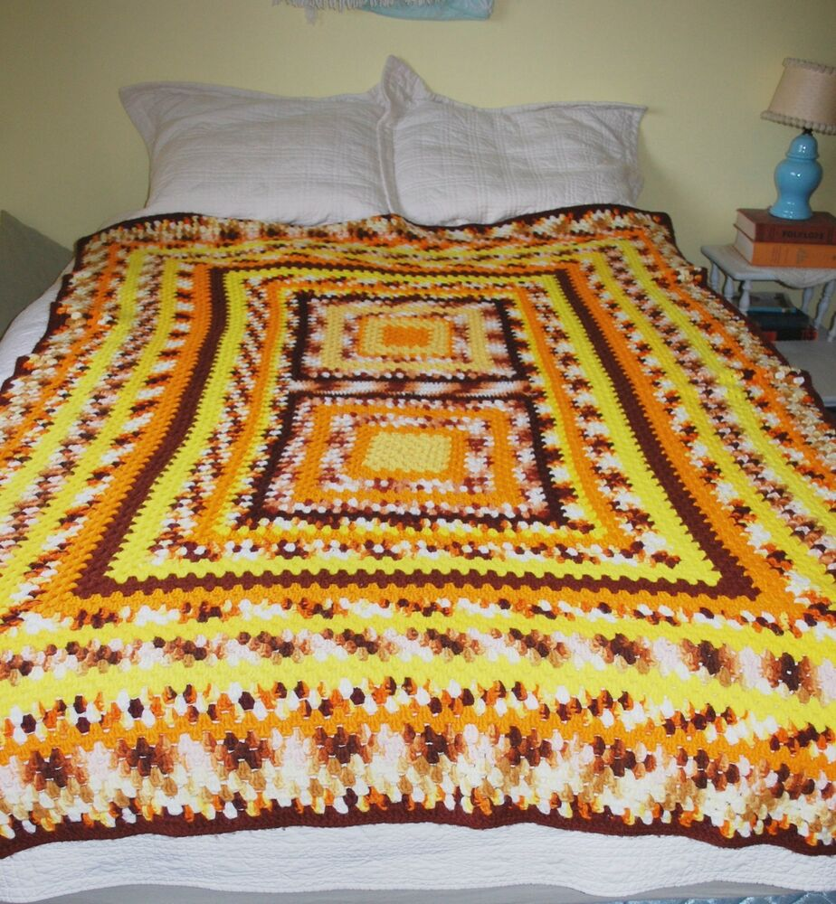Vintage 70s Yellow Daisy Flower Afghan Throw Blanket Flower: Crochet Granny Square Afghan *Brown Orange Yellow* Vintage