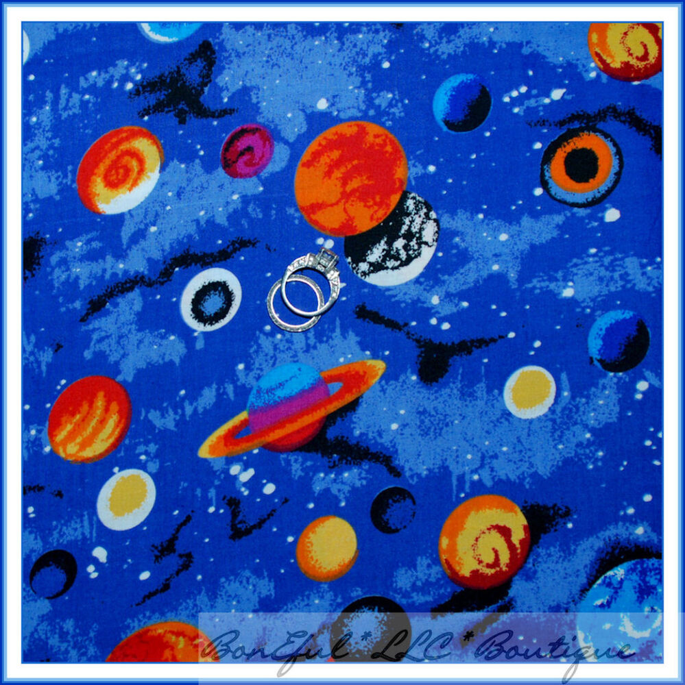 Boneful fabric bt2y cotton quilt blue dot b w sun star for Fabric planets solar system