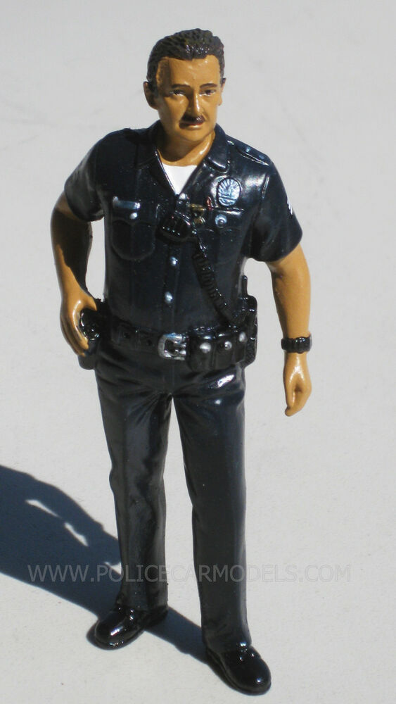 american diorama 124 harry lapd style police officer