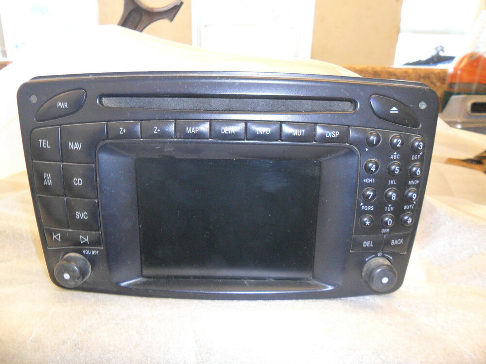 mercedes benz w203 c class navigation command system c240 c320 c32 amg used ebay. Black Bedroom Furniture Sets. Home Design Ideas