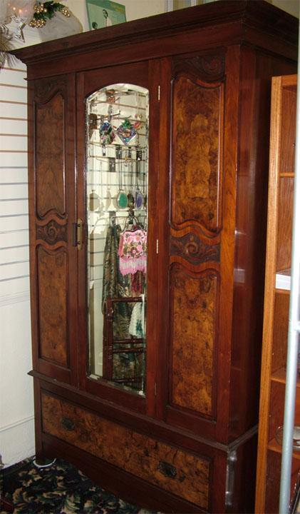 Must Sell Antique Beautiful Walnut Burlwood Armoire W