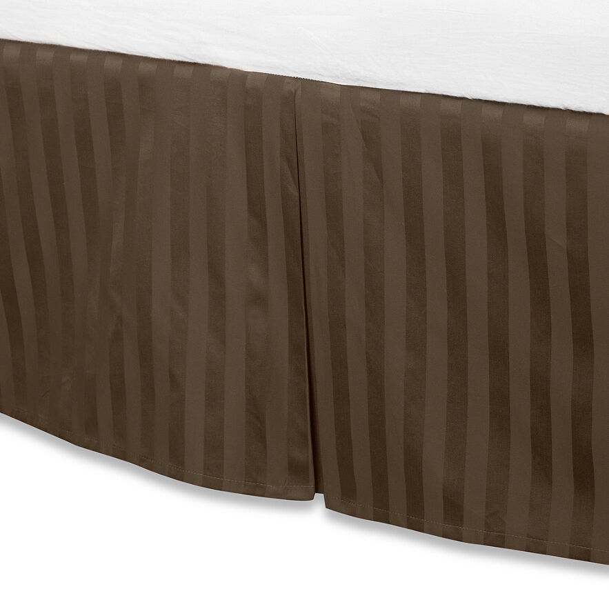 Brown luxury bed skirt 100 egyptian cotton 500 thread for Luxury hotel 660 collection bed skirt