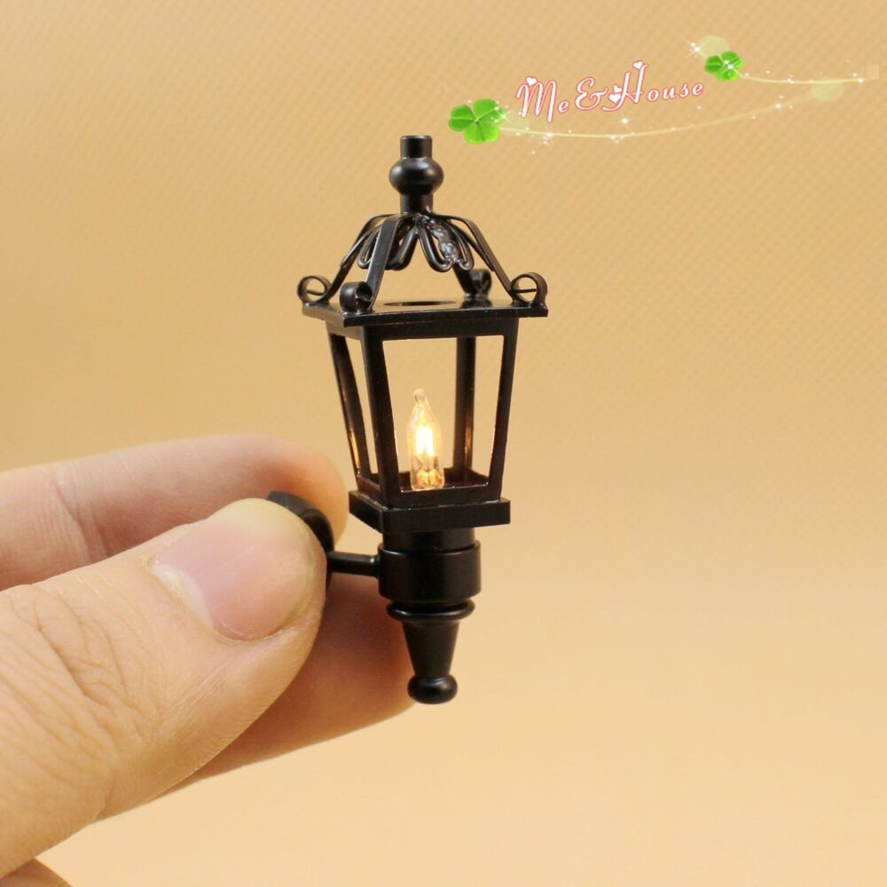 Dollhouse Miniature 1:12 outdoor wall black Lamp light with electric ...
