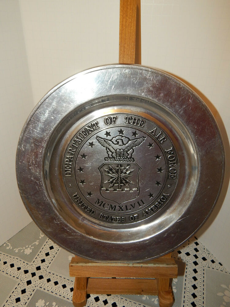 Large Decorative Flower Pots: LARGE COLLECTOR DECORATIVE PLATE~PEWTER~11 INCHES WIDE