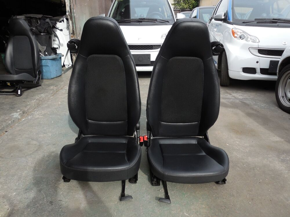 smart car fortwo passion pure oem pair of left right seats black vinyl mesh ebay. Black Bedroom Furniture Sets. Home Design Ideas