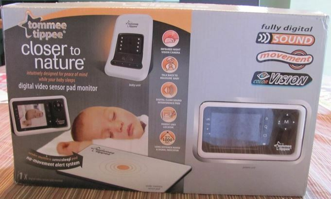 new tommee tippee closer to nature digital video sensor mat pad baby mo. Black Bedroom Furniture Sets. Home Design Ideas