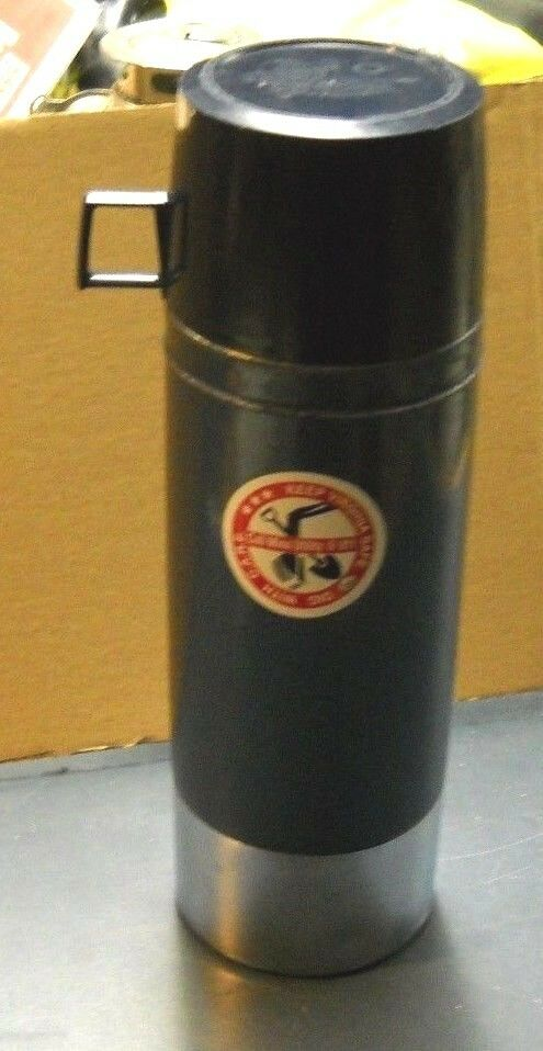 vintage blue thermos vacuum bottle 2480 king seeley 1 liter good condition ebay. Black Bedroom Furniture Sets. Home Design Ideas