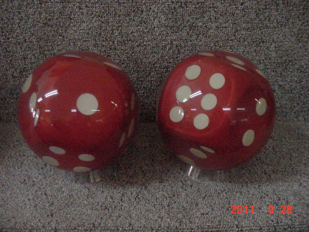 how to play bowling dice