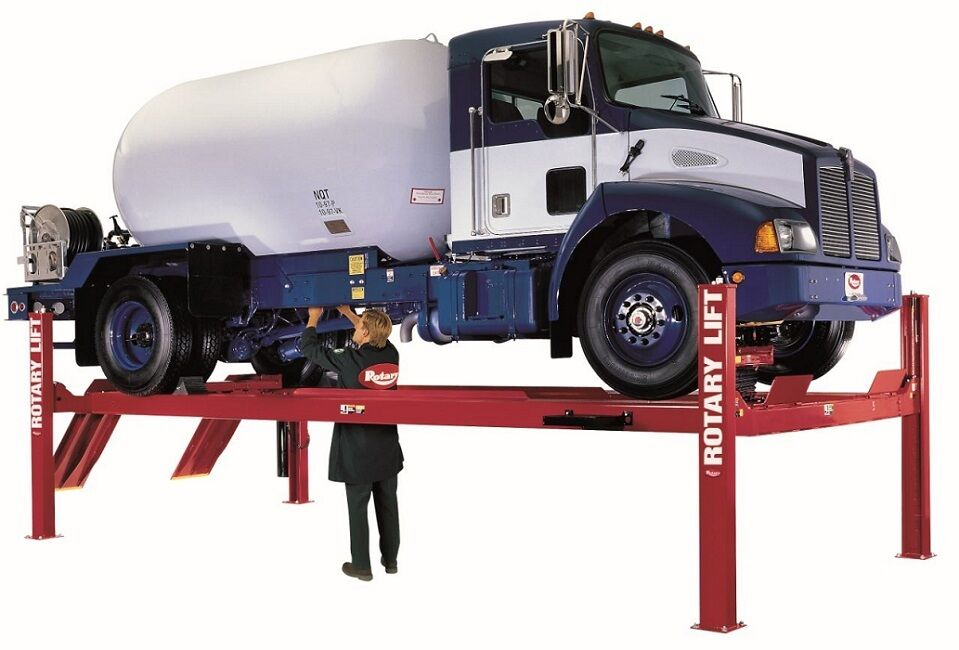 4 Post Car Lifts: Rotary SM18 4 Post Auto Lift 18,000 LB Drive On Four Post