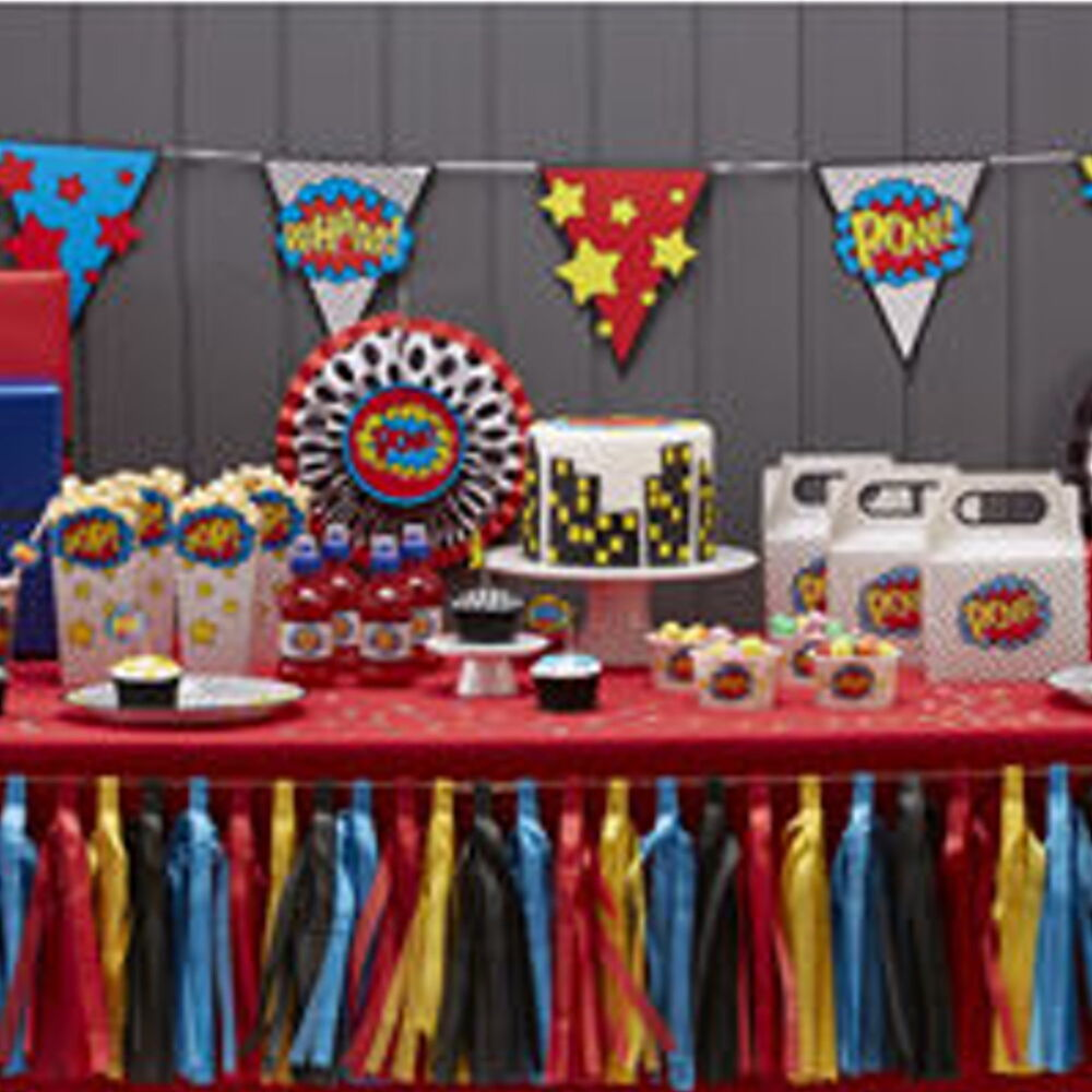Comic superhero 39 pow kaboom 39 birthday party tableware for Balloon decoration book