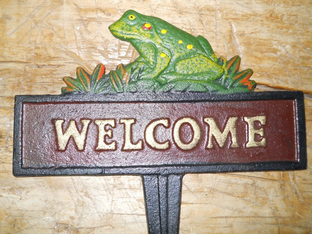 Cast iron frog welcome sign garden stake home decor toad for Outdoor decorative signs