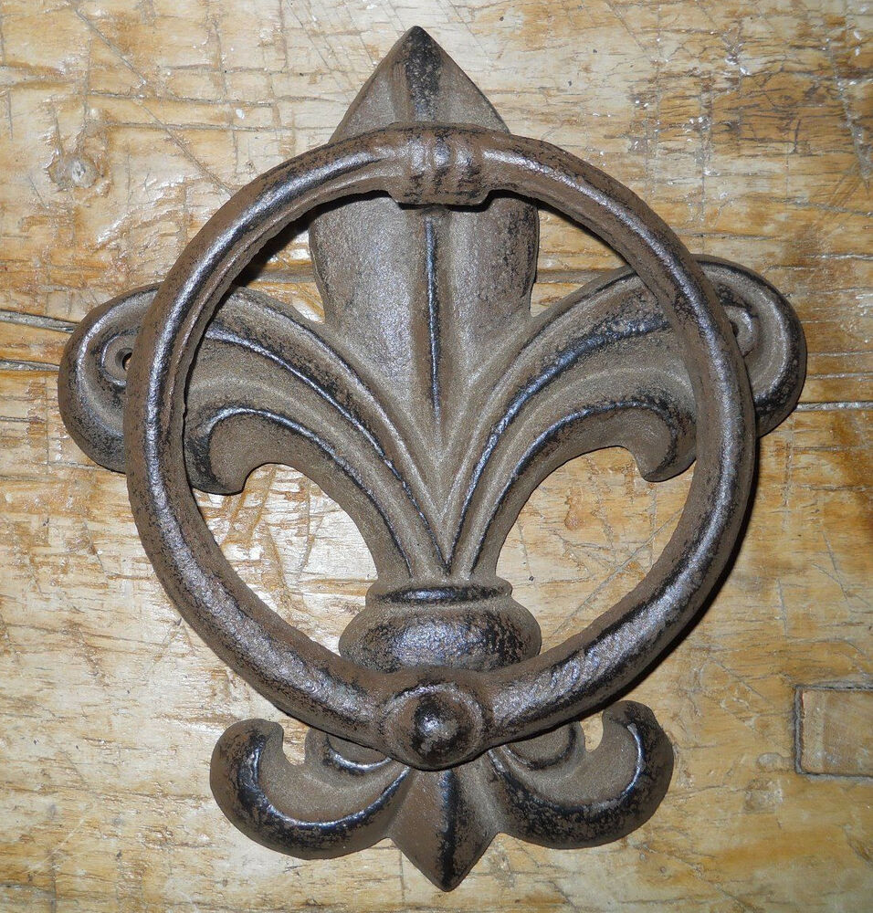 Antique Cast Iron ~ Cast iron antique style fluer de lis door knocker brown