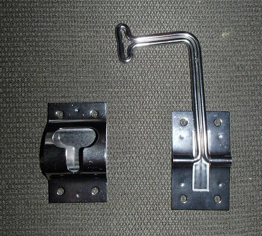 New Silver Metal 90 Degree Angled Catch Latch Entry Door