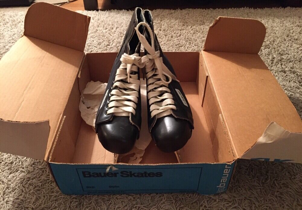 Vintage S Bauer Skates In The Original Box Size