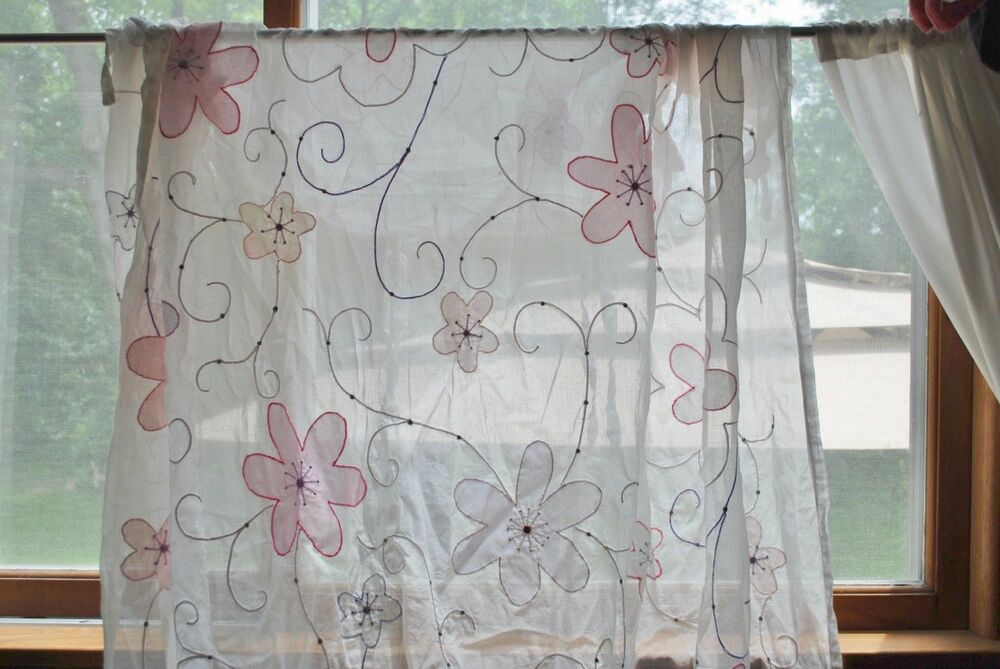 Pottery Barn Kids Floral Applique White Sheers Tab Top Curtain Panel Fur 63x44 Ebay