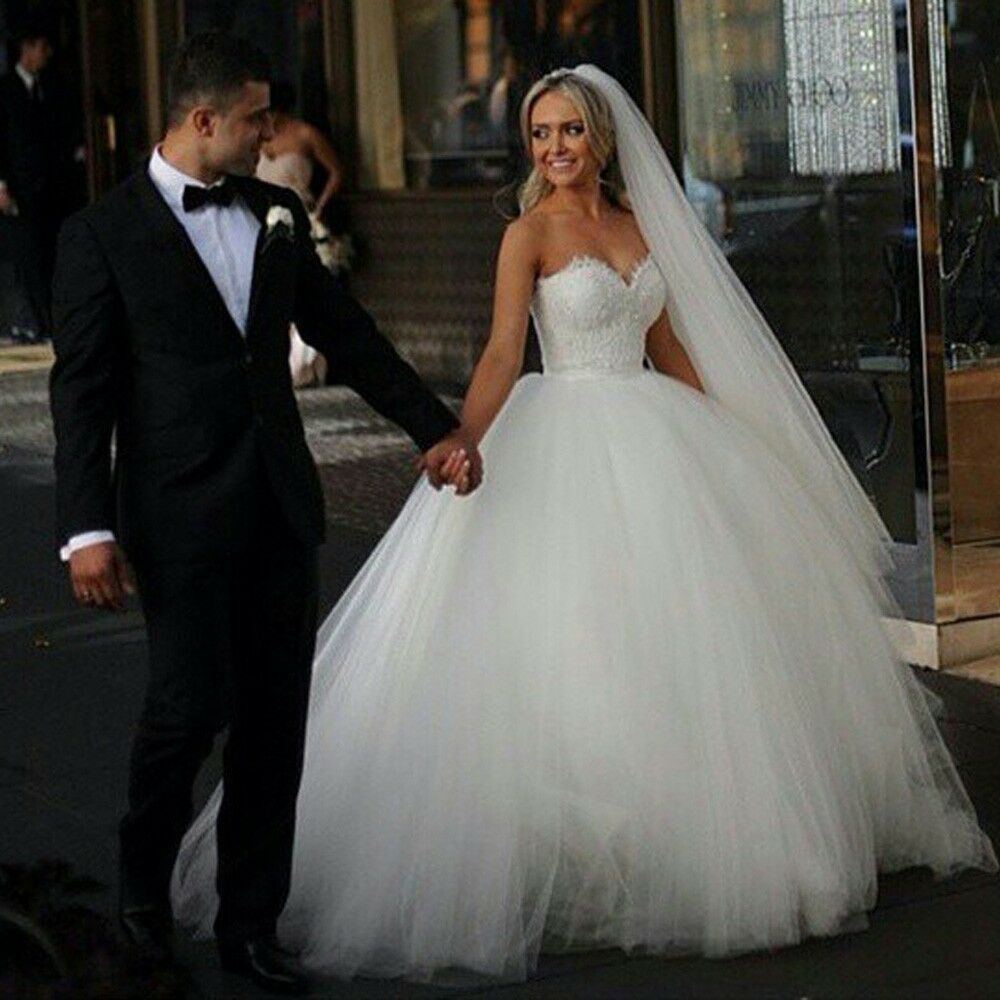 Wedding Dresess: New Vintage Princess Ball Gown Wedding Dresses Beaded