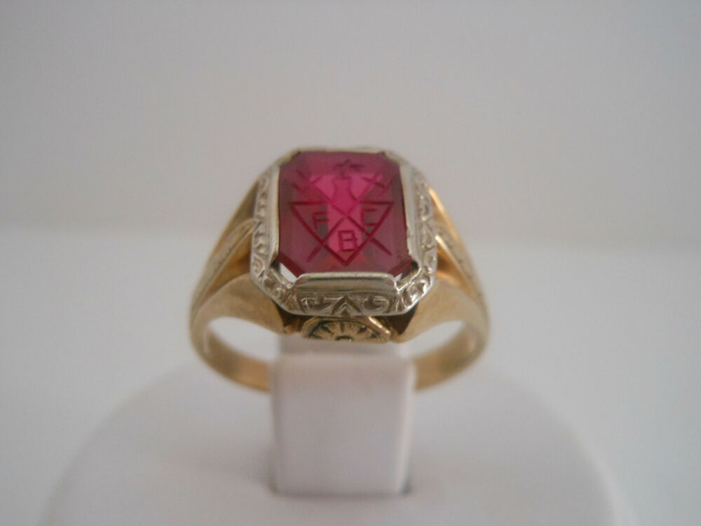 Estate Antique Men Vintage Collectible Carved Ruby Ring