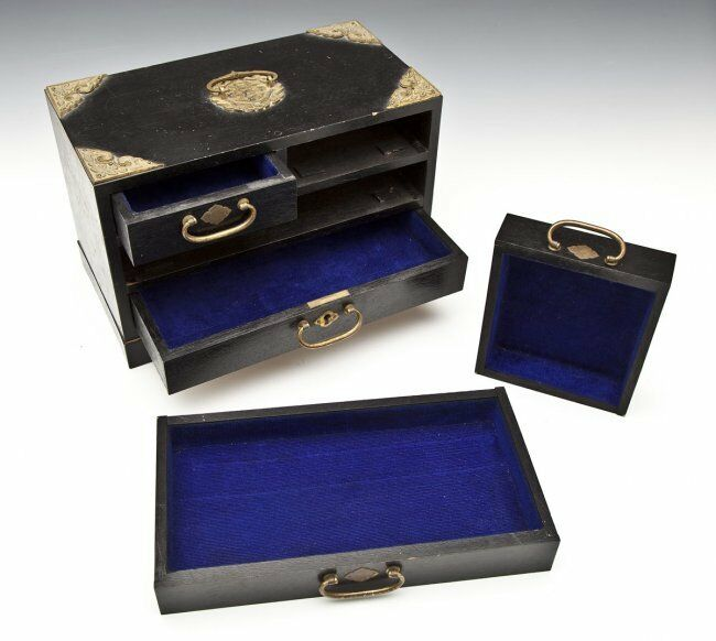 Vintage Chinese Jewelry Chest Box Brass Hardware Lined 4