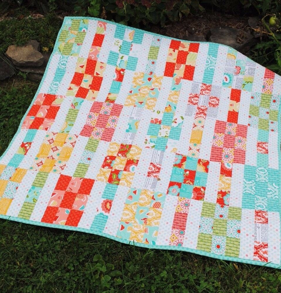 Layer Cake Quilt Patterns Easy : Patchwork QUILT PATTERN Layer Cake or Fat Quarters, simple ...