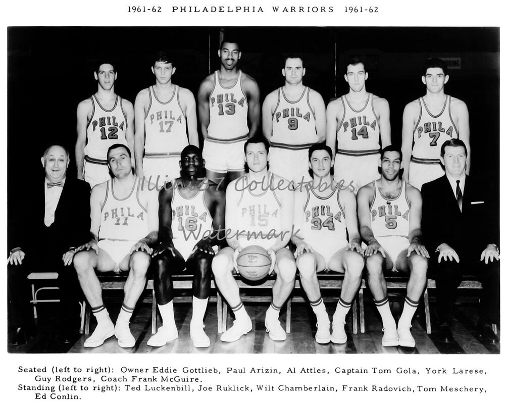 1961 62 PHILADELPHIA WARRIORS BASKETBALL 8X10 TEAM PHOTO WILT