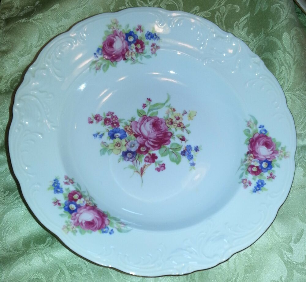 WALBRZYCH POLAND CHINA DISHES ROSES DESIGN CEREAL COUPE