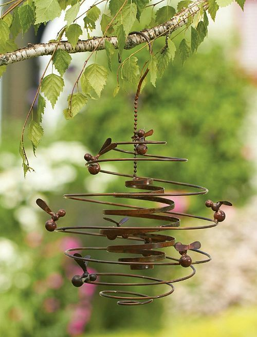 Bumble bee hive spiral metal hanging wind outdoor garden for Outdoor hanging ornaments