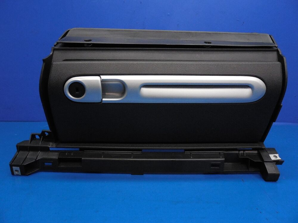 Smart Car Fortwo Oem Glove Box With Door Amp Lock Cylinder