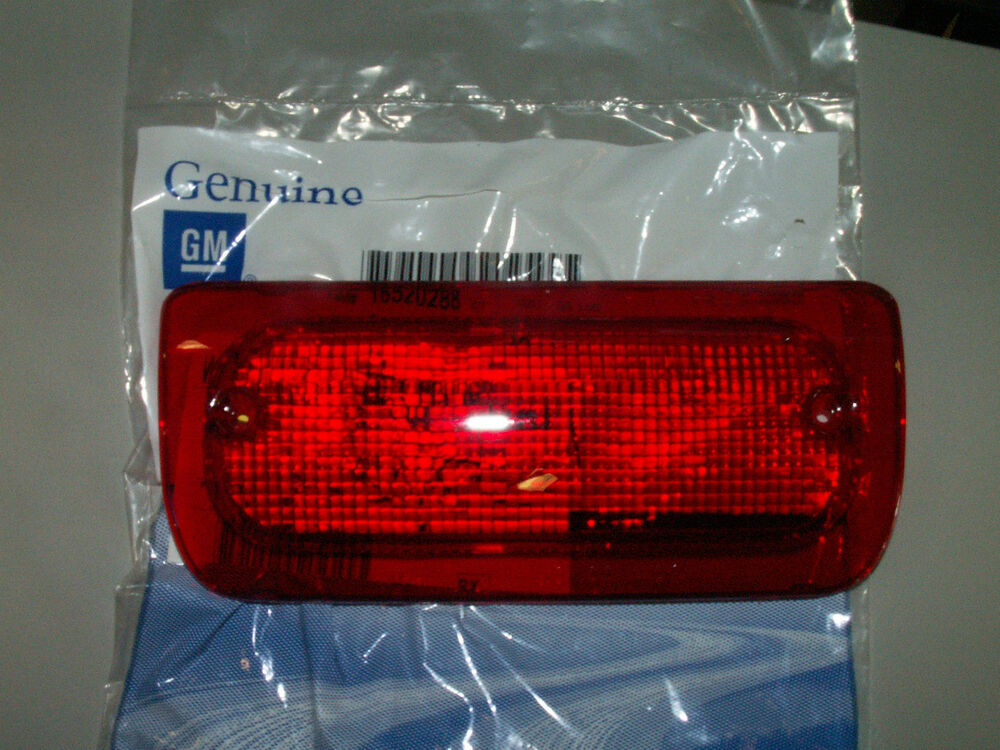 93 03 S 10 Sonoma High Mount Stop 3rd Brake Lamp Lens
