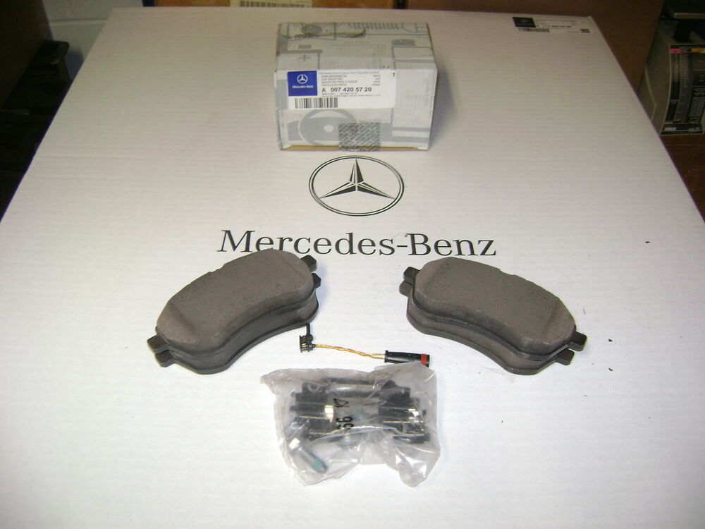 Oem mercedes benz front brake pads 2008 2009 2010 2011 for Mercedes benz e350 brake pads replacement