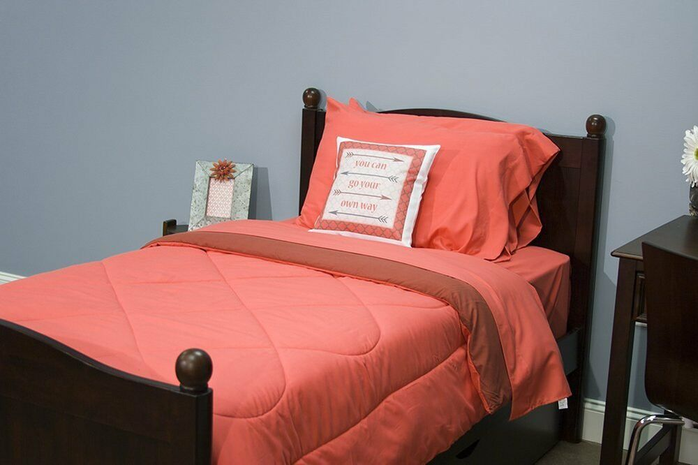 5 piece dorm twin xl reversible bed in a bag set dark coral and rose wine ebay. Black Bedroom Furniture Sets. Home Design Ideas