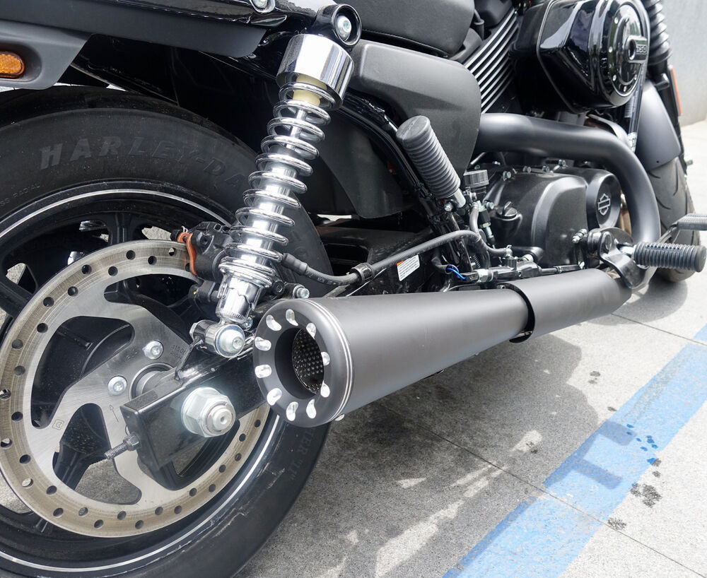 Danmoto Highwayman Slip On Exhaust Harley Davidson Street