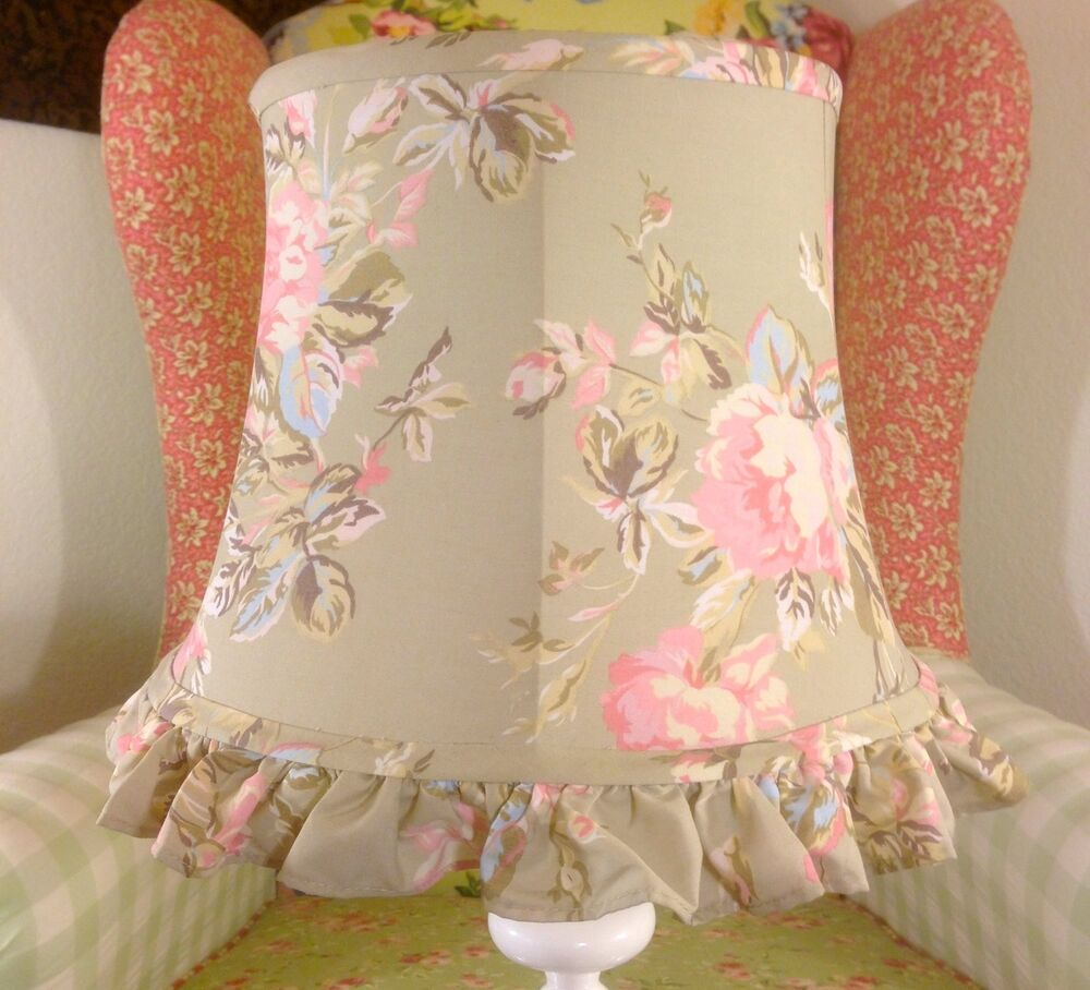 Chic Lamps: SIMPLY SHABBY CHIC RETIRED FLORAL ROSES ROSE BUDS LAMP