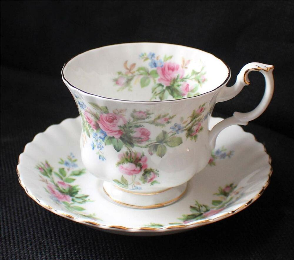 vintage royal albert bone china england moss rose pattern set footed cup saucer ebay. Black Bedroom Furniture Sets. Home Design Ideas