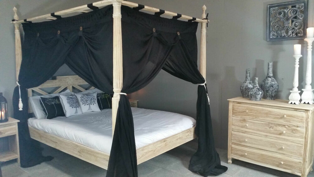 Black Four Poster Bed: King Size Four Poster Bed Canopy Deluxe Mosquito Net Black