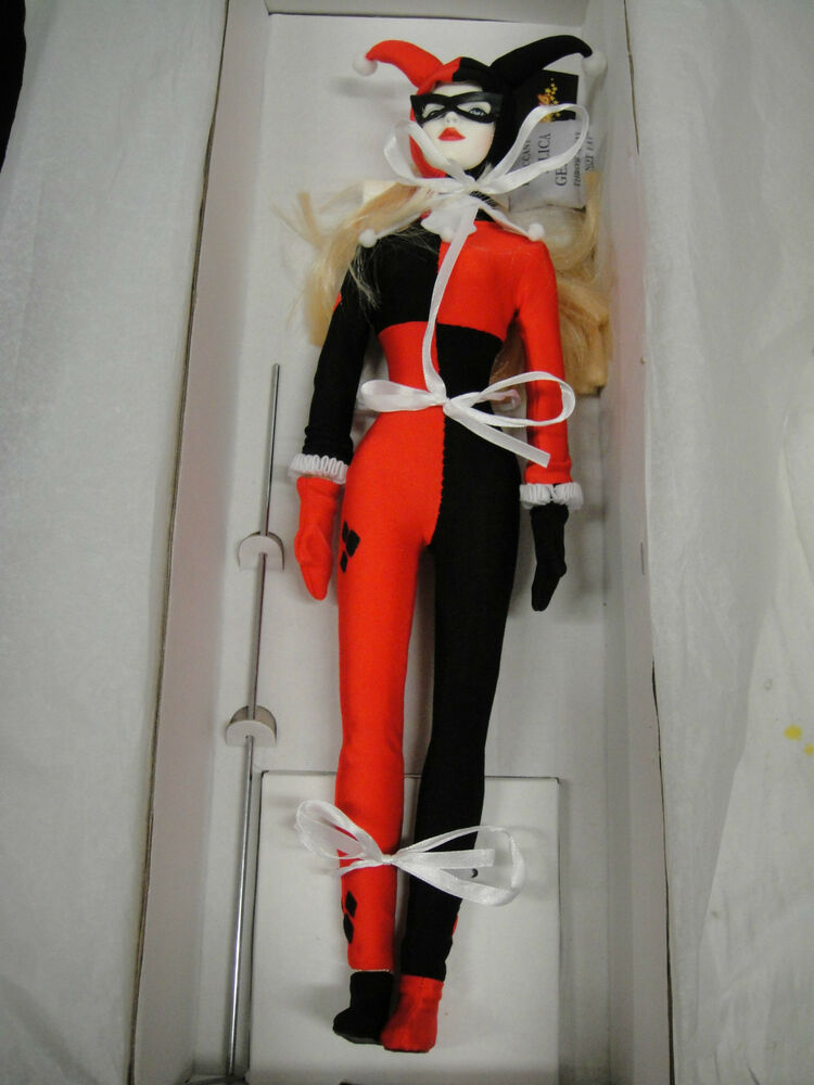 dc direct harley quinn tonner doll new  batman animated