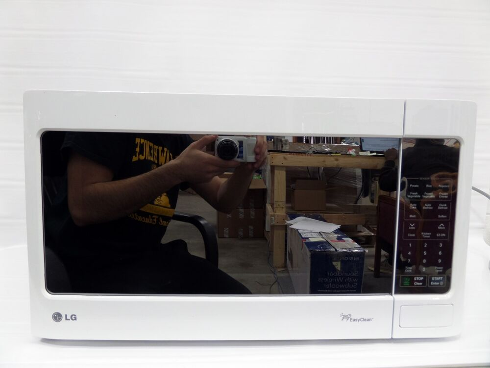 Lg Lcs1413sw 1 4 Cu Ft Countertop Microwave Oven White