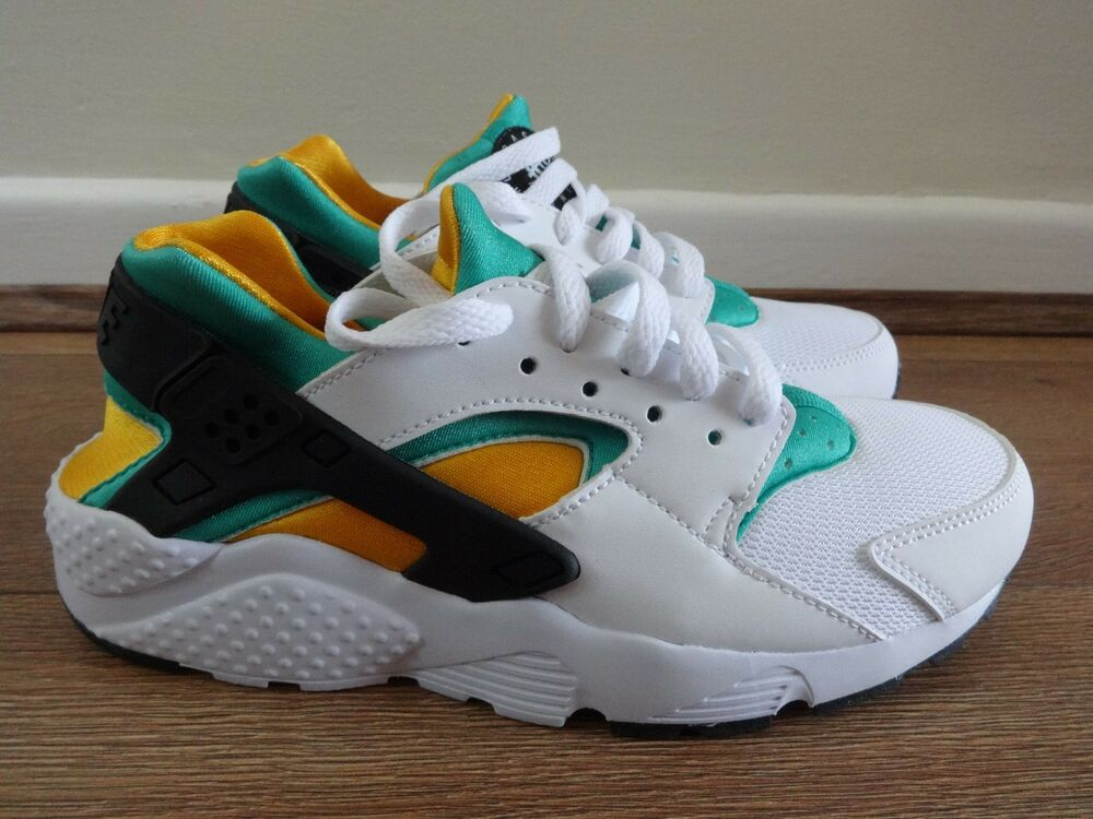 3a667fd34f5f Details about Nike Air huarache Run (GS) trainers 654275 101 uk 5 eu 38 us  5.5 Y NEW