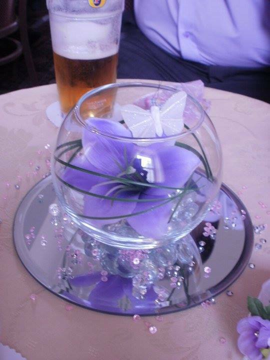 Stunning Wedding Flowers Guest Table 5 Inch Sml