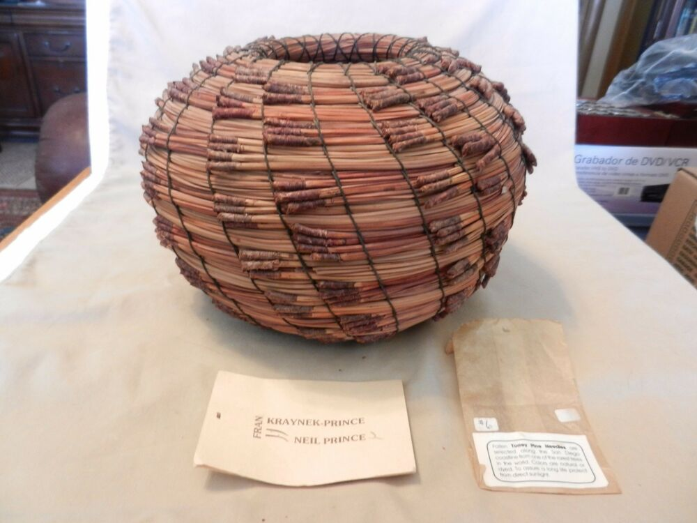 Basket Weaving Gifts : Woven torrey pine needles basket closed form small mouth