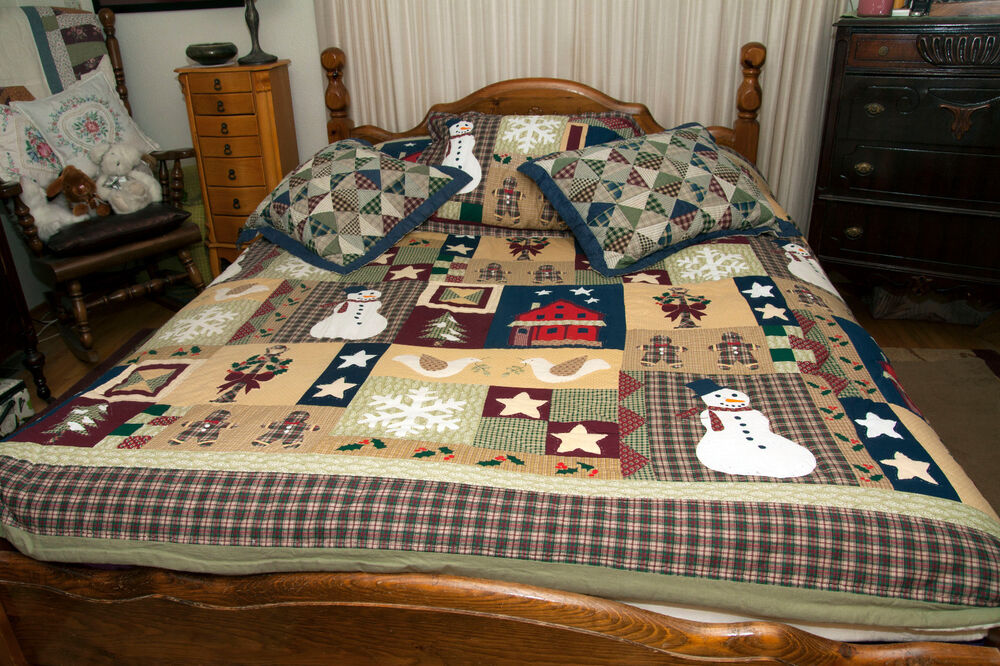 vtg holiday patchwork quilt queen christmas bedspread 104 x 86 with 3 shams ebay. Black Bedroom Furniture Sets. Home Design Ideas
