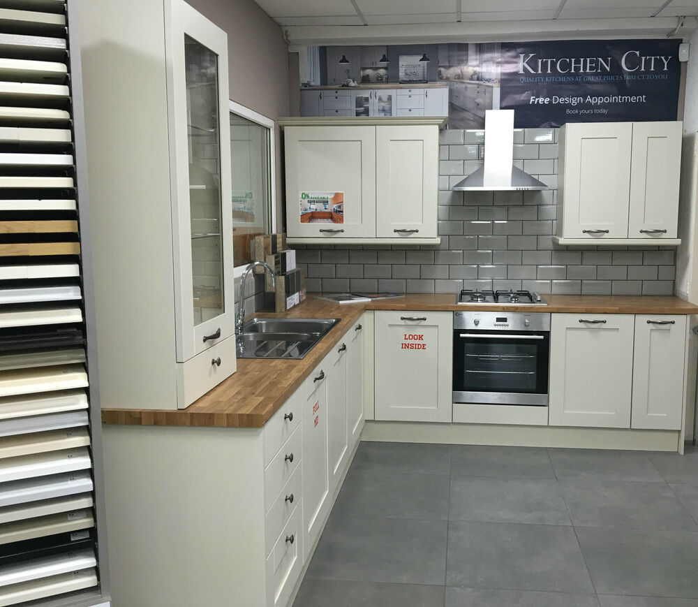 Ivory Shaker Kitchen Pictures: COMPLETE XD SHAKER IVORY KITCHEN 12 WALL & BASE UNIT With