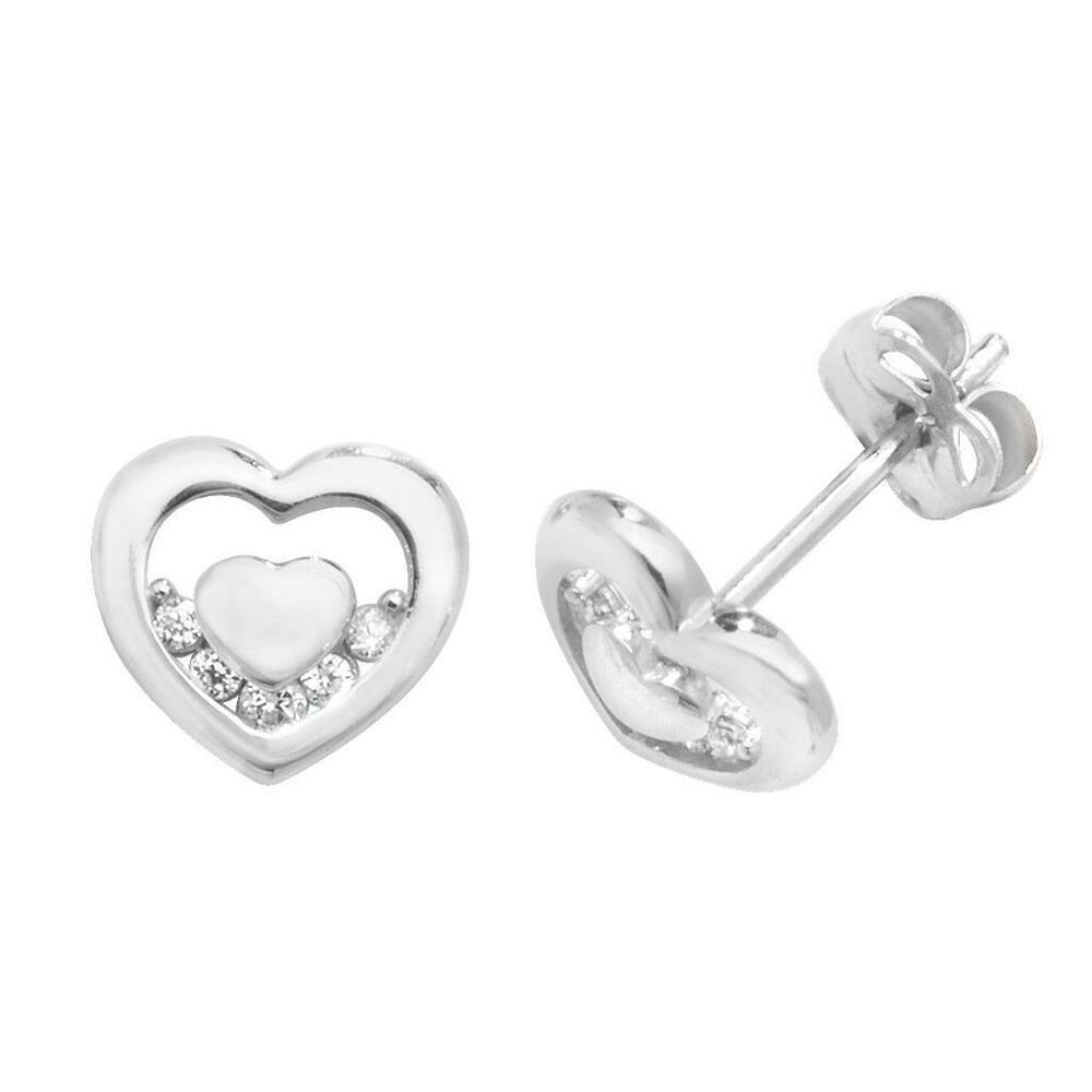 6b3aa53dc Details about Pair of 9ct White Gold 6x5mm Small Heart Cz Stud Earrings  Weight 0.65g