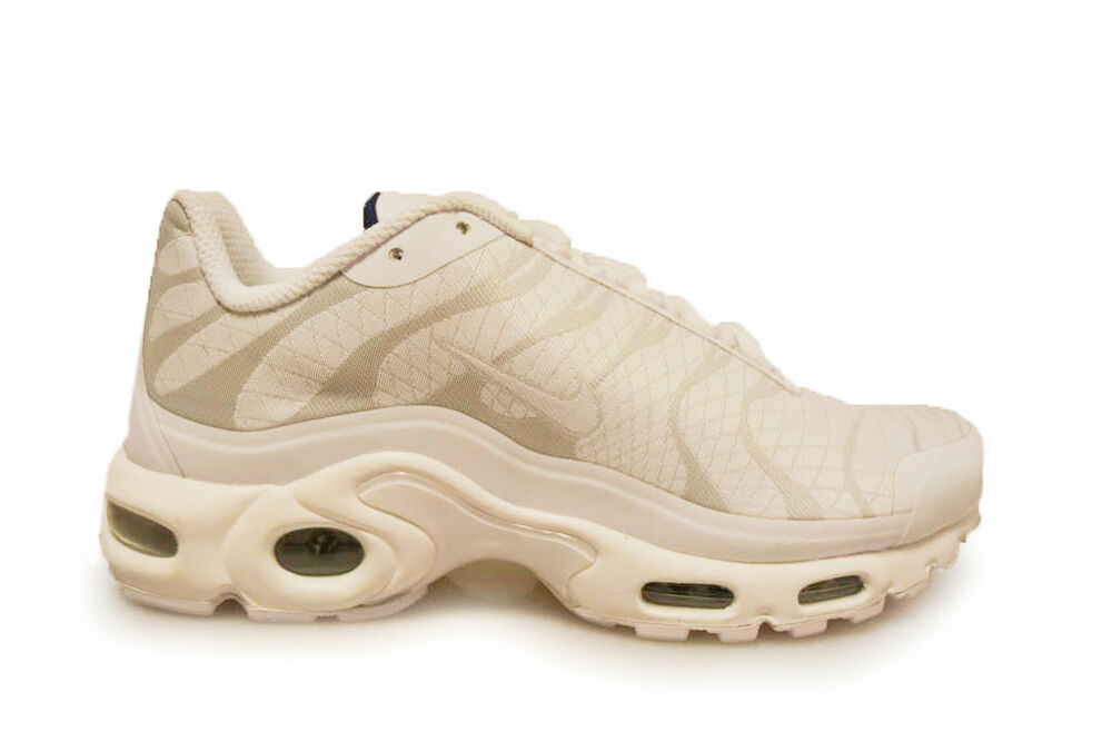 75a7ae06a5 Details about Mens Nike Air Max Plus JCRD Tuned TNs - 845006102 - Triple  White Trainers