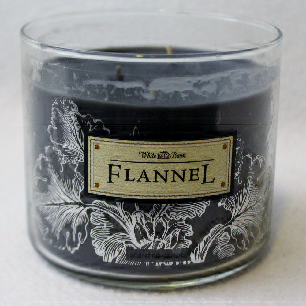 BROKEN Bath & Body Works FLANNEL 3-Wick Filled Candle