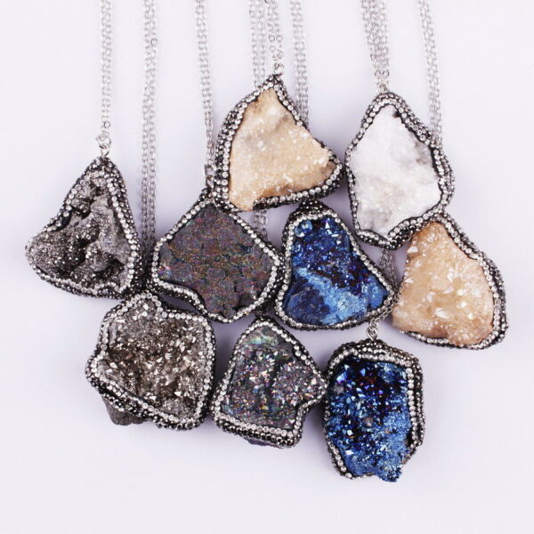 Pave Crystals on Broder Raw Minerals Druzy Quartz Pendant Necklace for Women New