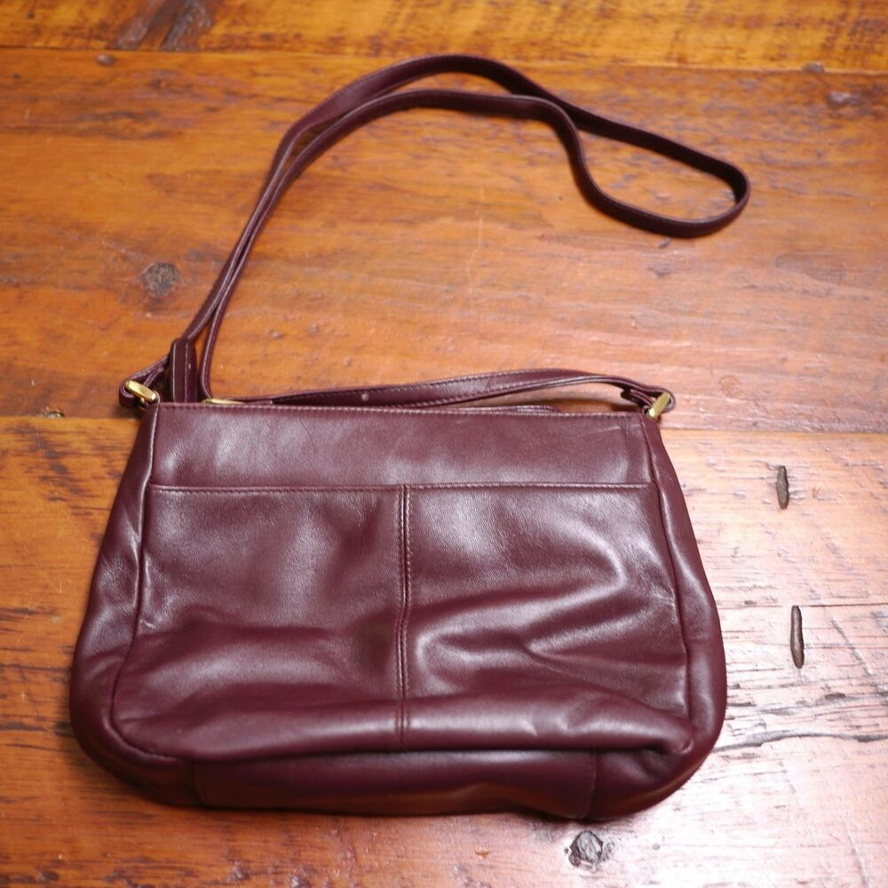 Details about Vintage Etienne Aigner Authentic Burgundy Leather Handbag  Purse + Shoulder Strap fd3c3bf65e69a