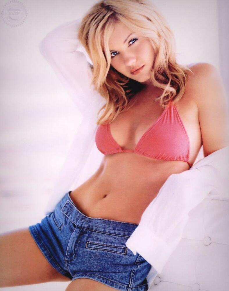 Elisha Cuthbert 8X10 Photo Picture Very Nice Fast Free -1517